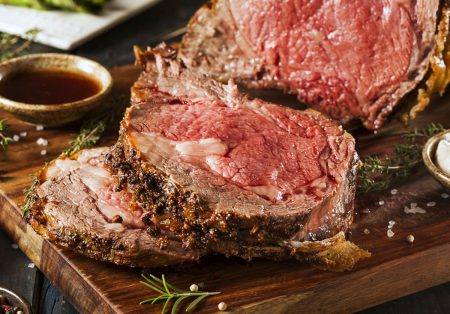 Juicy Prime Rib (6 12-14oz steaks) with Au Jus and Horseradish Cream Sauce